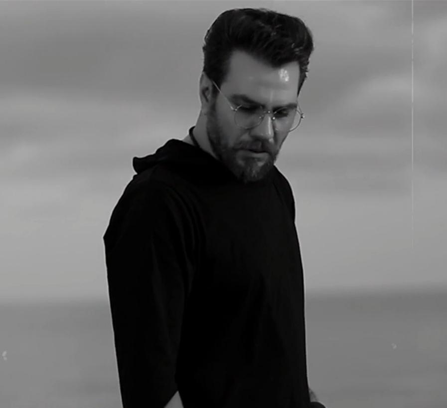 دانلود موزیک ویدیو گرشا رضایی به نام دریا دریا